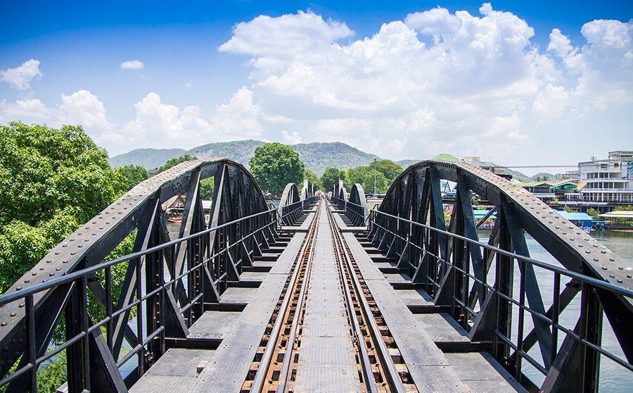 นั่งรถไฟเที่ยวใกล้กรุงเทพ สถานีสะพานแควใหญ่