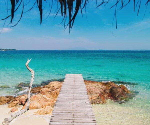 สถานที่ท่องเที่ยวระยอง ที่มีความสวยงาม สายคนชอบเที่ยวทะเลไม่ควรพลาด รับลมดี ๆ