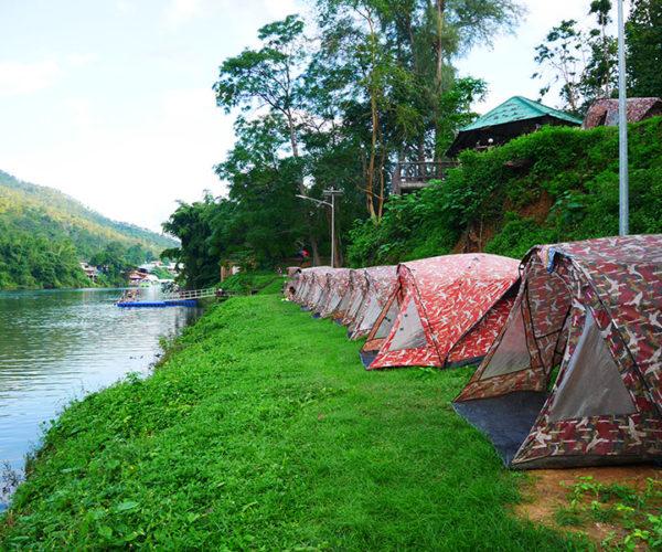 กางเต็นท์ริมแม่น้ำแคว จังหวัดกาญจนบุรี เพื่อสัมผัสกับสายน้ำและธรรมชาติที่งดงาม
