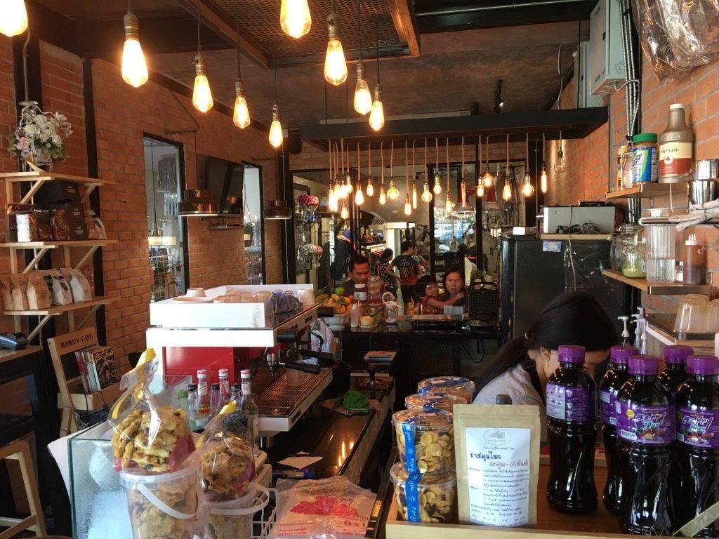 เที่ยวคาเฟ่ ย่านสุวรรณภูมิ-mama's cafe coffee&dessert