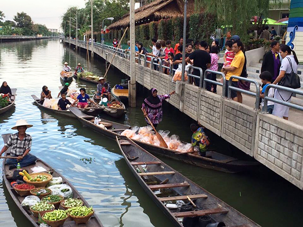 ตลาดน้ำในเมืองไทย-ตลาดน้ำสะพานสูง