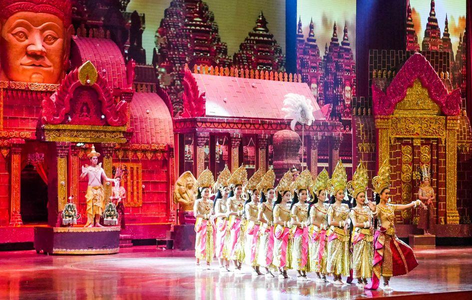 เที่ยวสวนนงนุช-การแสดงศิลปวัฒนธรรมไทยร่วมสมัย