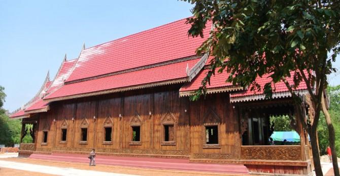 เที่ยวโบสถ์ไม้ตาล เดินทางไม่ไกลจากกรุงเทพ