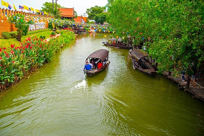 เที่ยวไปกินไปกับ ตลาดน้ำในเมืองไทย บ้านเราเสน่ห์แห่งวิถีชีวิตชุมชน